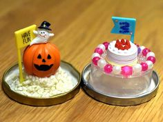 スノードームを手作りしよう!100均グッズで子どもでも簡単 - 知育と幼児教育が3分でわかる|Chiik(チーク)マガジン Pudding, Cake, English Class, Desserts, Crafts, Halloween Ideas, Food, Tailgate Desserts, Deserts