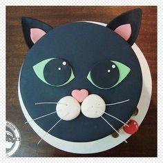 New Birthday Cake Cat Theme Ideas Kitty Party, Pretty Cakes, Cute Cakes, Fondant Cakes, Cupcake Cakes, Cat Cupcakes, Dog Cakes, New Years Party Themes, Birthday Cake For Cat