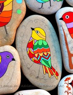 Birds Painted On Rocks | 40 DIY Stone Craft Ideas For Many Use - Bored Art