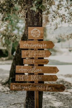 Wedding Table Decorations 708402216375663067 - Marianna & Guillaume – Mariage – Montpellier I Les Histoires d'A. Source by Wedding Tips, Diy Wedding, Rustic Wedding, Wedding Flowers, Wedding Venues, Wedding Day, Wedding Cakes, Wedding Ceremony Decorations, Wedding Table