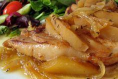 Recette : Côtelettes de porc aux pommes et à l'érable. Chicken, Food, Apple Pork Chops, Bon Appetit, Most Popular Recipes, Original Recipe, Essen, Meals, Yemek
