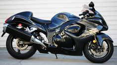 Suzuki Bike Wallpapers 4 whb  #SuzukiBikeWallpapers #SuzukiBike #Suzuki #bikes #motorcycles #wallpapers #hdwallpapers