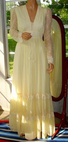 d0a27b18734 Gunne Sax Romance Style Dress