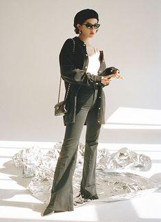 Girl Fashion, Ladies Fashion, Womens Fashion, Black White Fashion, Fasion, Korean Fashion, Asian Girl, Shabby Chic, Style Inspiration