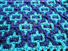 http://roycedavids.blogspot.ae/2015/01/interlocking-crochet-horizontal-and.html