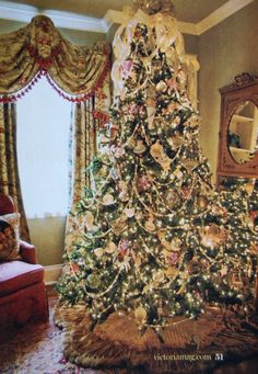 Victorian Decorated Christmas Trees   saltbox treasures: Christmas inspiration