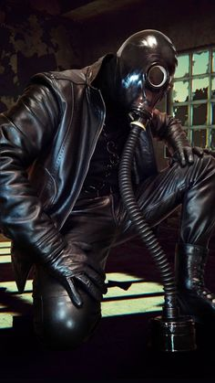 "leatherpredator: ""Double checking his work. Black Leather Gloves, Leather Mask, Leather Jeans, Leather Jackets, Heavy Rubber, Black Rubber, Fallout Fan Art, Rubber Catsuit, Latex Men"