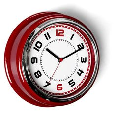 Eye catching American Diner Clock.  Quartz movement, plastic and glass construction.  Diameter 30cm x 10cm.  £21.50