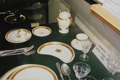 Rail - Rare Minton cup and saucer & sugar bowl & 5 photographs the Royal Tour Train 1947 Railway was listed for R950.00 on 12 Apr at 11:01 by ossewa antiques in Johannesburg (ID:94840389)