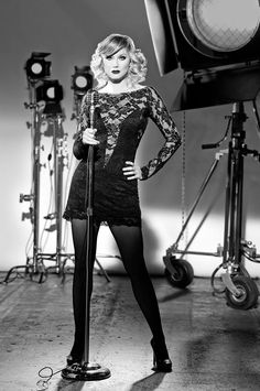 More Sexy Photos of Grammy Winner Jennifer Nettles as Roxie Hart in Broadway's Chicago Chicago Broadway, Musical Theatre Broadway, Roxie Hart, Jennifer Nettles, Photoshoot Themes, High Fashion Photography, Country Music Stars, Hot Shots, Musicals