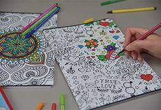 Cartotecnica Favini lancia la nuova linea di quaderni con copertine personalizzabili e da colorare.