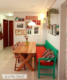 Celeiro Mineiro M veis R sticos - inspira o de sala de jantar com banco de madeira o o Home Decor Furniture, Diy Home Decor, Kitchen Decor, Kitchen Design, Kitchen Backsplash, Sweet Home, Indian Home Decor, Small Dining, Dining Room Design