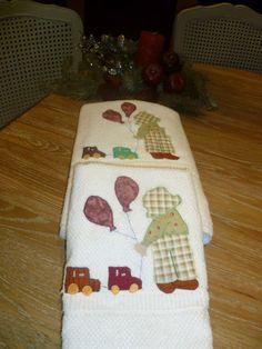 tovalloles nen amb aplicació