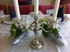 Fru Hansens kreativiteter: Pynting av konfirmasjonsbord :) Candles, Table Decorations, Glass, Home Decor, Decoration Home, Drinkware, Room Decor, Corning Glass, Candy