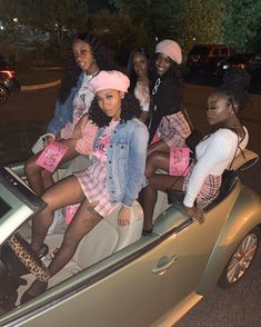 p i n: ���������♥ Black Girl Halloween Costume, Cute Group Halloween Costumes, Halloween Outfits, Clueless Halloween Costume, Celebrity Halloween Costumes, Matching Outfits Best Friend, Best Friend Outfits, Black Girl Groups, Cute Birthday Outfits