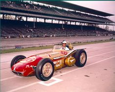 1961)    Bobby GrimThompson Industries   (Ansted-Thompson Racing)Christiansen / Offy