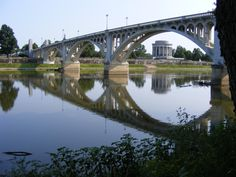 Vincennes Indiana | Lincoln Memorial Bridge, George Rogers Clark Memorial, looking from Illinois across Wabash River.