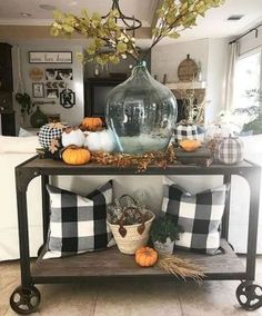 61 Best DIY Farmhouse Fall Decor Ideas On A Budget