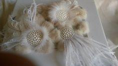 3 broches plumes d autruche blanches pour les fêtes : Déco, Customisation Textile par claudeplume
