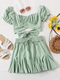 Girls Fashion Clothes, Teen Fashion Outfits, Cute Fashion, Boho Fashion, Girl Fashion, Fashion Design, Crop Top Outfits, Cute Casual Outfits, Stylish Outfits