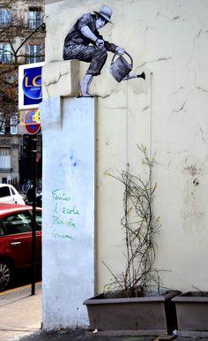 Artista francês cria cenas imaginárias em edifícios parisienses