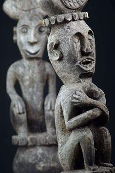 Catawiki, pagina di aste on line  Ancestor figure finial pair - West Timor - Indonesia - second half  20th century