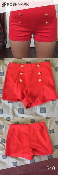 High waisted sailor shorts These are very flattering and cute/ only ever worn for the picture and In great condition Forever 21 Shorts