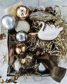 La calda atmosfera di Natale. - Charme and More Christmas Balls, Christmas Wreaths, Christmas Decorations, Holiday Decor, All Things Christmas, Christmas Time, Merry Christmas, Kara Rosenlund, Jingle Bells