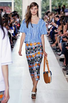 Fashion Week 2015 : Tory Burch Runway Show Live Stream