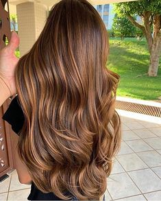 Long Wavy Ash-Brown Balayage - 20 Light Brown Hair Color Ideas for Your New Look - The Trending Hairstyle Brown Hair Balayage, Brown Blonde Hair, Light Brown Hair, Hair Color Balayage, Brunette Hair, Hair Highlights, Copper Brown Hair, Warm Brown Hair, Chestnut Brown Hair