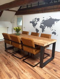 Küchen / Esszimmer Try talking to a professional landscaper to see if you can get the info out of hi Diy Dining Room Table, Wooden Dining Tables, Dining Table Design, Dining Rooms, Home Office Furniture, Furniture Design, Dining Furniture, Welded Furniture, Contemporary Furniture