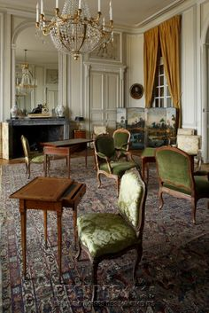 Château de La Motte-Tilly, grand salon - Featuring: Small Writing Table (foreground) - mid 18th Century. [source: www.Regards.Monuments-Nationaux.fr; Portfolio Collection of Regional Monuments]