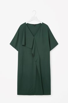 COS image 4 of Dress with asymmetric drape in Forest Green Dresses For Pregnant Women, Casual Dresses For Women, Clothes For Women, Linen Shirt Dress, Blouse Dress, Sleeves Designs For Dresses, Dresses With Sleeves, Photos Of Dresses, Minimal Dress