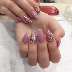 Pretty nails 😋 - Roy - December 2016 at Claw Nails, Aycrlic Nails, Manicure, Dream Nails, Love Nails, Gorgeous Nails, Pretty Nails, Super Cute Nails, Rose Gold Nails