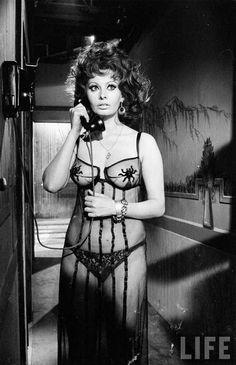 Sophia Loren by Alfred Eisenstaedt 1963 - Imgur