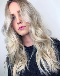 Pearl blonde perfection with beautiful balayage. Created using Wella at MIRROR MIRROR Copenhagen.