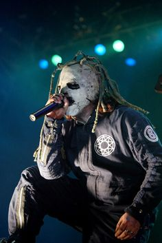 Corey Taylor .... not so anonymous