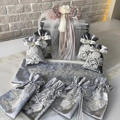 info@kristaltasarim.net  332 322 00 69 Whatsapp 531 338 53 50 For English +90 530 605 89 92 Çalışma Saatleri 09.30-17.30 Alcohol Gift Baskets, Alcohol Gifts, Trousseau Packing, Prayer Rug, Wedding Details, Marie, Diy And Crafts, Wedding Decorations, Wraps