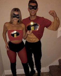 Creative halloween costume ideas for couples! The best couples halloween costumes of 2019 for college Mode Halloween, Cute Couple Halloween Costumes, Diy Couples Costumes, Halloween College, Halloween Parties, Halloween Couples, Halloween Ideas, Halloween Makeup, Hot Couple Costumes