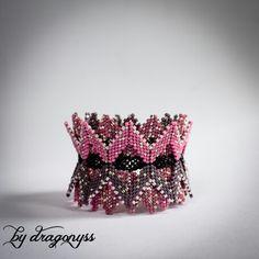 Berry Sundae beaded bracelet Inspiration: Contemporary geometric beadwork