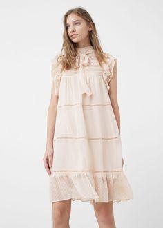 Vestido plissado (nude): MANGO (25,99€)