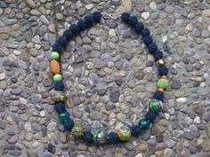 Häkelkugeln und lampwork beads