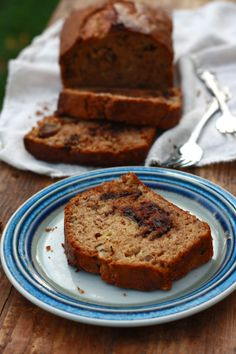 Super Moist Banana Bread @Season with Spice