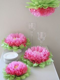 Girls Party Decorations - Set of 7 Mixed Pink Tissue Paper Flowers by Heart to HeartHanging Paper Flowers por Heart to Heart en GiltLove these gorgeous hanging paper flowers-just beautiful,Paper flowers for holiday tableSpring Rose(TM) 3 Inch White W Hanging Paper Flowers, Tissue Paper Flowers, Flower Paper, Handmade Flowers, Diy Flowers, Origami Flowers, Hibiscus Flowers, Large Flowers, Girls Party Decorations