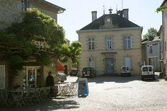 #BessinessurGartempe #Villageetape #village #etape #Limousin #viedevillage #placedevillage #terrassedecafe