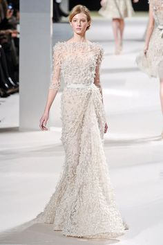 >> WEDDING DRESS MONDAY << ELIE SAAB SPRING/SUMMER 2011 COLLECTION | Peonies & Pearls - The Ultimate UK Wedding & Lifestyle Blog