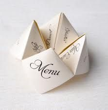 Here are deco ideas for a budget wedding since the details can be homemade, paper and with your hands for a decor origami! No natural flower but centerpieces, the wedding menu, Wedding Menu, Budget Wedding, Wedding Table, Diy Wedding, Wedding Planning, Wedding Day, Wedding Foods, Wedding Vintage, Wedding Catering