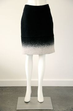 Witchery  Women s 50% Wool Pencil Skirt With Invisible Back Zip {Size 10}