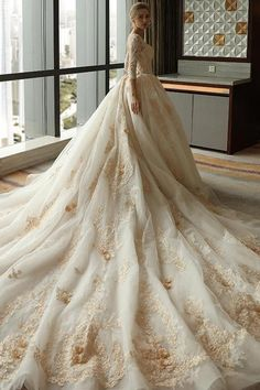 3/4 Sleeve Lace Appliques Tulle Ball Gown Plus Size Wedding Dress OK639 #cuteweddings