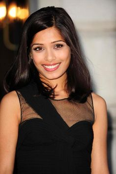 Freida Pinto's hair!  How can I get this color?!  Want!